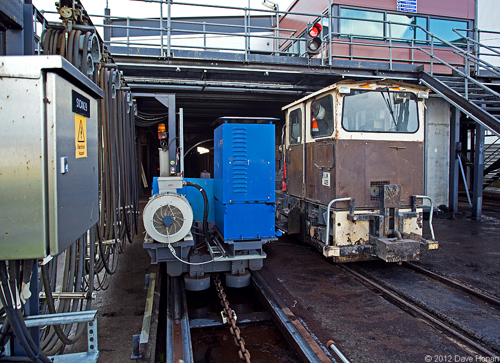 bnm-lm405-at-west-offaly-tippler-shannonbridge-ie-10-02-12_9887-l