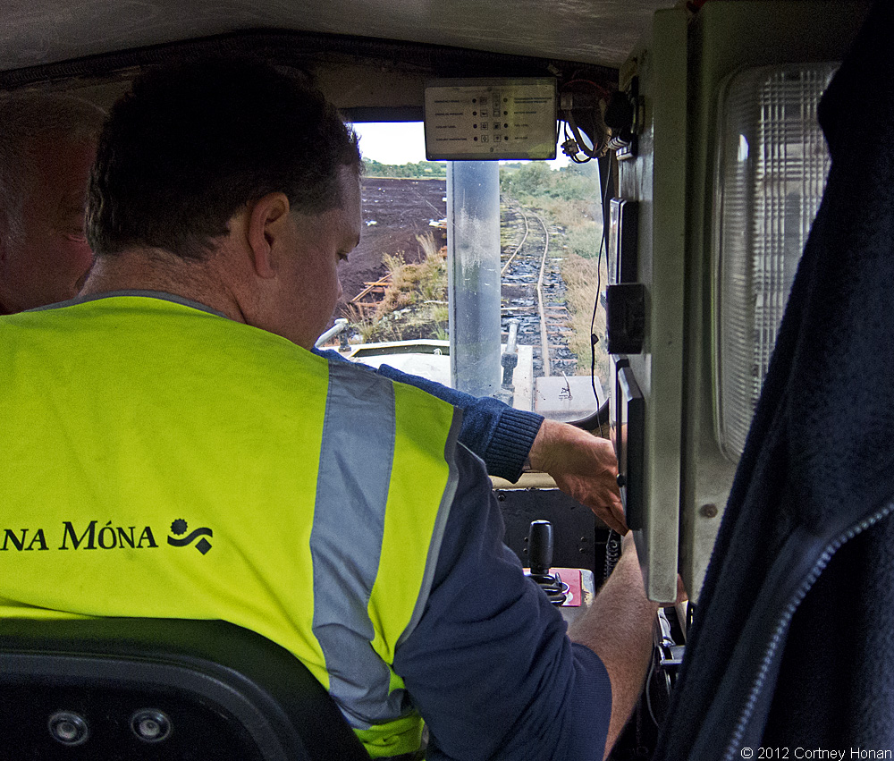 bnm-lm409-dave-learning-controls-bloomhill-ie-10-03-12_3989-l