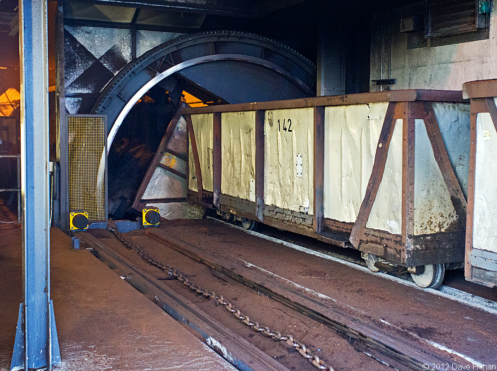bnm-west-offaly-tippler-dumping-car-shannonbridge-ie-10-02-12_9910-l